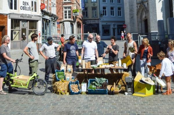 Burgercoöperatie start supermarkt LokaalHalle