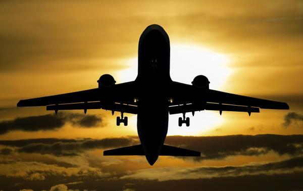 Aanhoudende acties van luchtverkeersleiders zorgen voor economische en imagoschade