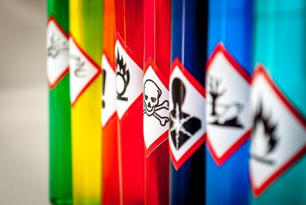 Veiligheid van chemische en toxische stoffen in uw bedrijf