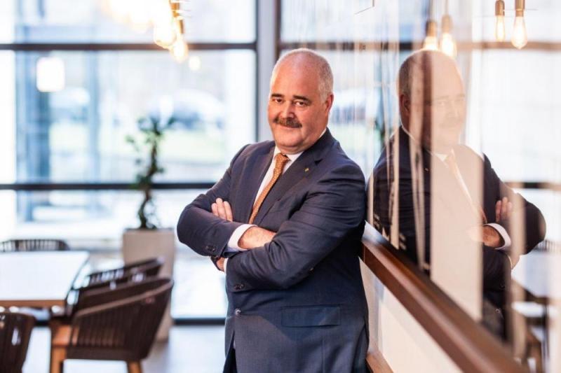"""Vandaag staan 6.555 Limburgse jobs on hold door vergunningsproblemen. Elke administratieve vereenvoudiging kan ervoor zorgen dat we geen investeringen meer mislopen"""", zegt Johann Leten, gedelegeerd bestuurder van Voka – KvK Limburg."""