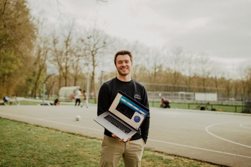 Lukas Van Orshoven met zijn scale-up Crowdselling