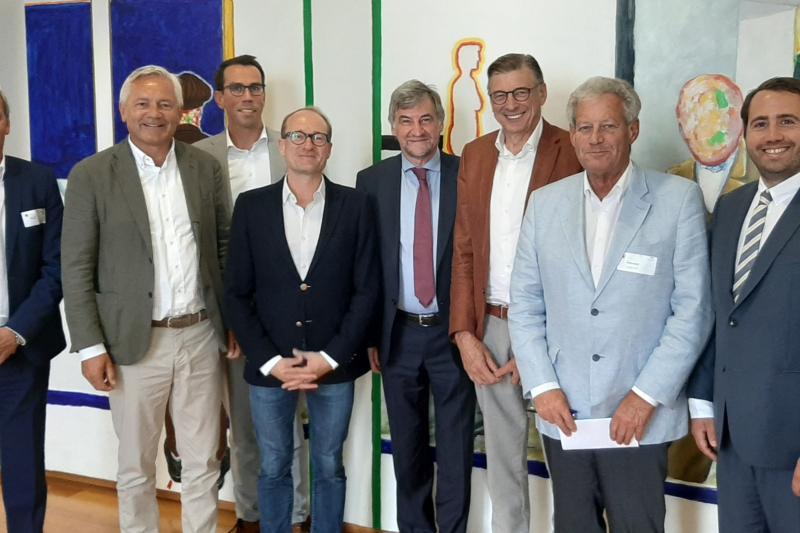 Persbericht Apzi-Voka West-Vlaanderen