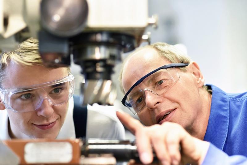 """Onderwijs en bedrijven: """"Iedereen Leonardo da Vinci"""""""