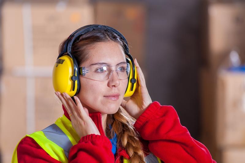 Grensarbeiders meer dan ooit levensnoodzakelijk